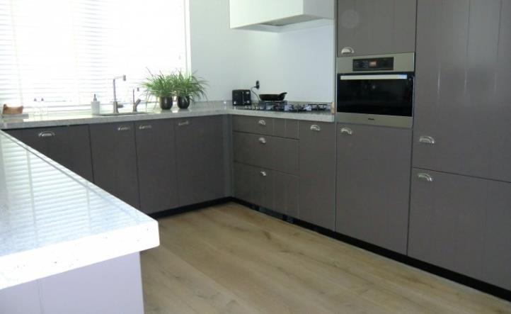 Keukens Op Maat Herzele : Keukens op maat gemaakt op basis van het budget, de